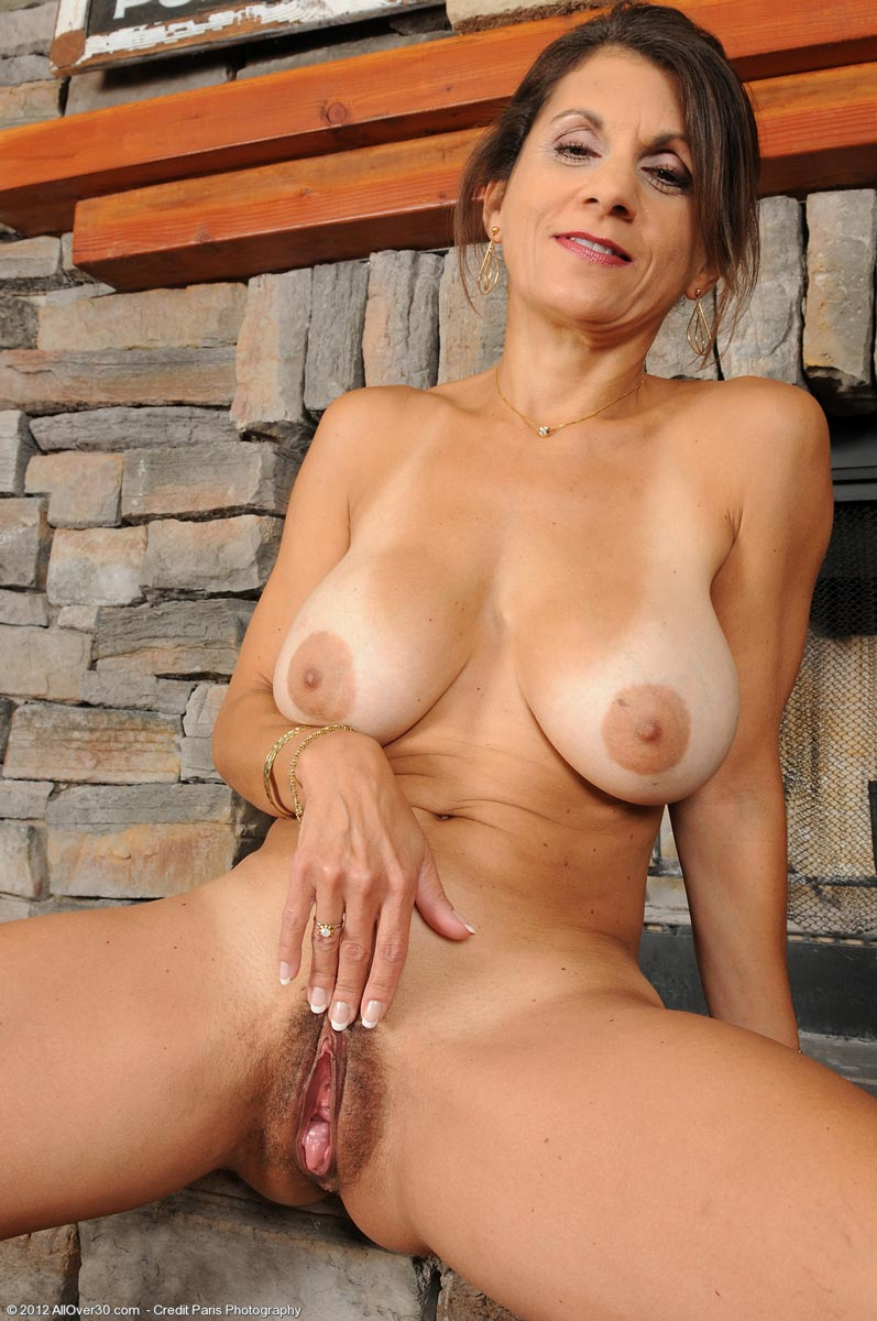 460 Top Mature Models - 555,163 Mature Pictures - 1820 Full Length ...